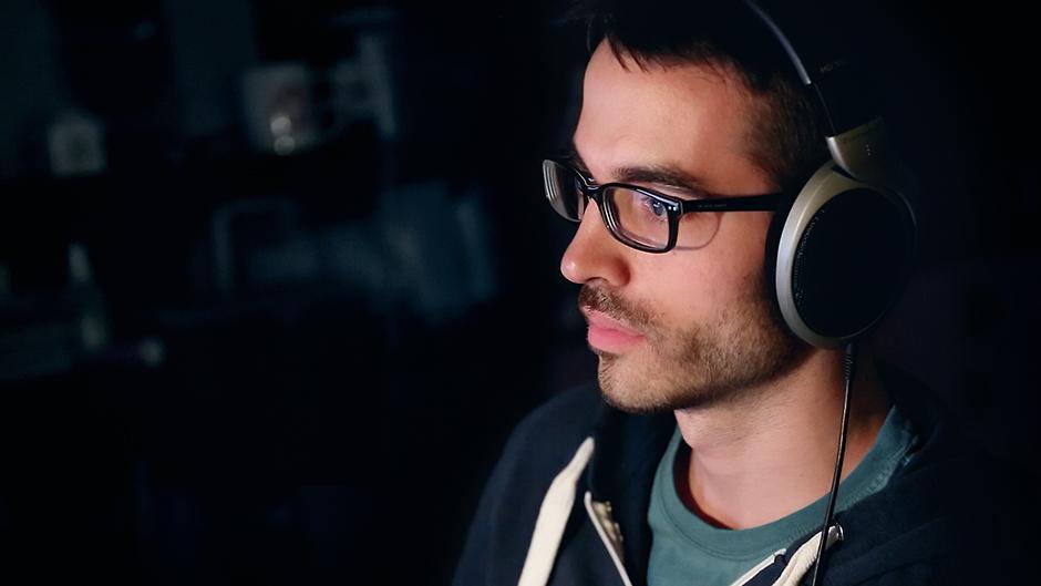 lukas-kobela-home-studio-sennheiser-headphones